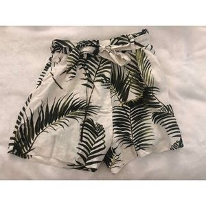 H&M relaxed tropical shorts